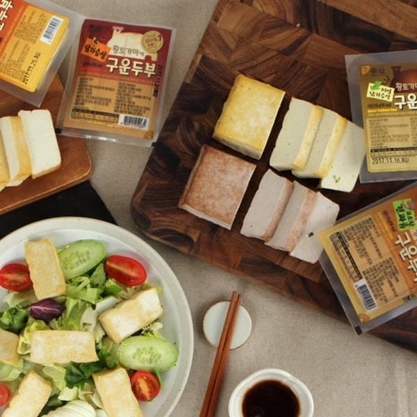 [라라스팜] 황토가마에 구운 두부(4종) 7팩 골라담기 / 견과맛, 닭가슴살